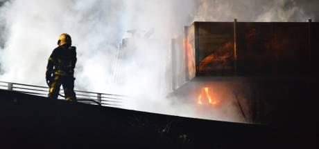Flinke rookontwikkeling bij brand in uitvaartcentrum Zuylen in Breda