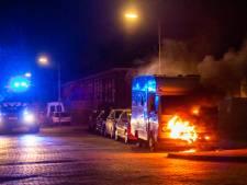 En wéér is het raak in Arnhem: brand in camper en bouwcontainer