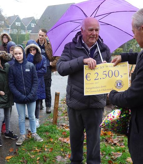 Leerlingen Leemstee helpen met Boomfeestdag Oldenzaal