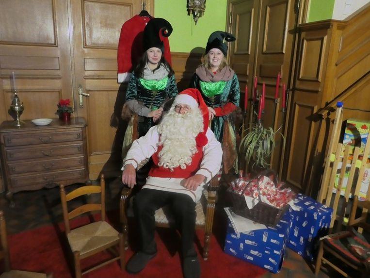 De kerstman verblijft twee dagen in het Zottegemse stadhuis.