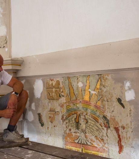 Waardevolle schilderingen ontdekt in Gemert