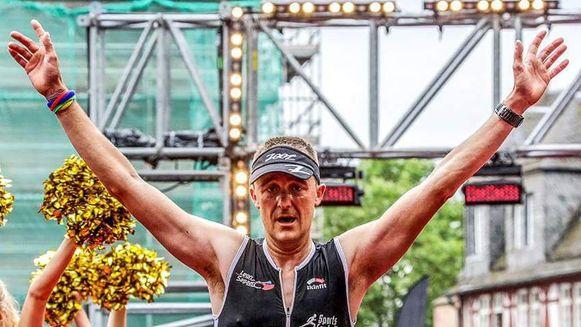 Timmy Deman liep in 2017 als eerste Belg over de meet in Frankfurt en behaalde zo een plek aan de start van de Iron Man van Hawaï. Foto's van zijn aankomst in Hawai zaterdag zijn voorlopig niet beschikbaar.