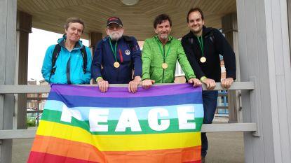 Vrienden zamelen geld in voor Oxfam Peacewalk
