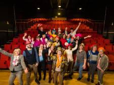 Feest bij Kulturhus Borne: 'Ontzettend trots op wat hier allemaal gebeurt'