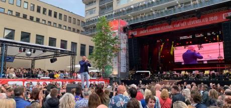Paleisring stroomt vol voor eerste avond Levenslied in Tilburg