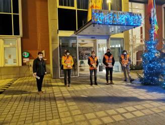 Vrijwilligers voeren preventieactie rond woninginbraken