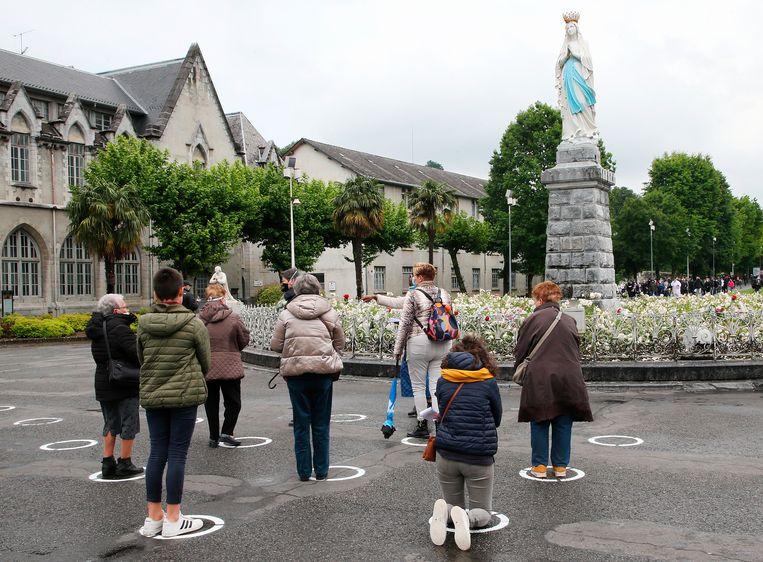 Ook het bedevaartsoord Lourdes opende weer.