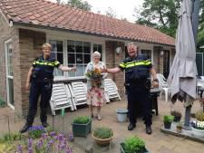 Bloemen voor burgers die politie hielpen aanrander van jong meisje te pakken