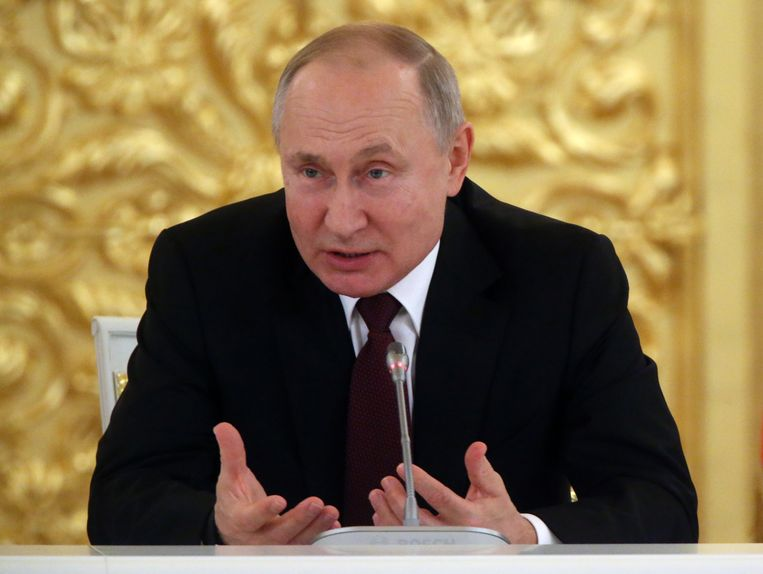 De Russische president Vladimir Poetin tijdens zijn jaarlijkse ontmoeting met topmensen uit het Russische bedrijfsleven in het Kremlin. Beeld Getty Images
