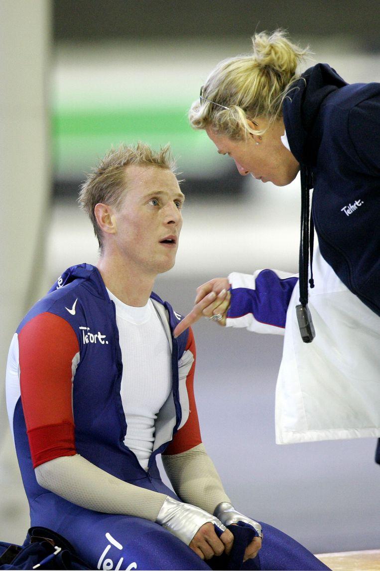 Jochem Uytdehaage en zijn coach Ingrid Paul in 2006. Beeld anp