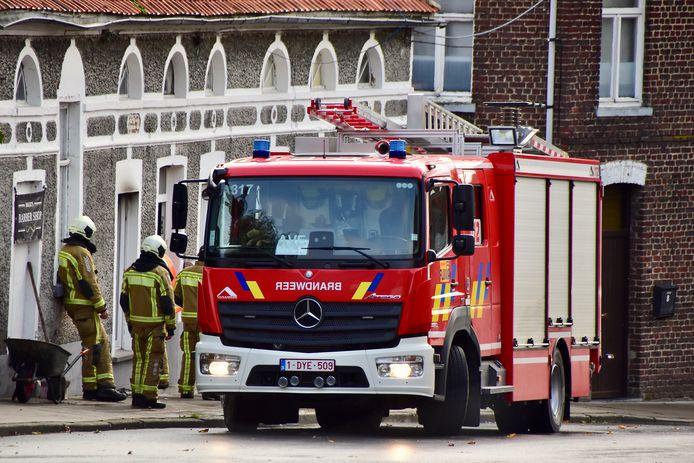 De brandweer hoefde nauwelijks te blussen bij de brand in Billie's Beauty Lounge & Barbershop langs de Helkijnstraat in Sint-Denijs.