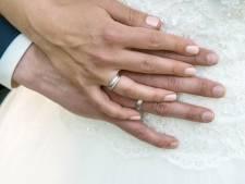 Gratis trouwen alleen nog voor de allerarmsten in Waalwijk; er werd te veel misbruik van gemaakt