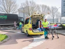 Meisje op de fiets aangereden door vrachtwagen in Woerden