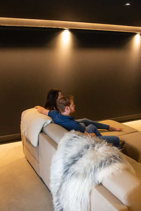 Bij deze B&B in Wijchen slaap je naast je eigen bioscoopzaal