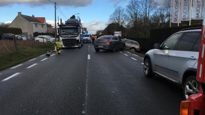 Veel hinder na ongeval op N42: één lichtgewonde