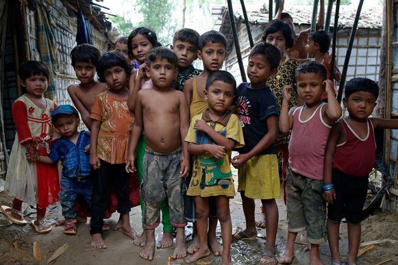 Rohingyakinderen in een vluchtelingenkamp in Teknaf in Bangladesh.