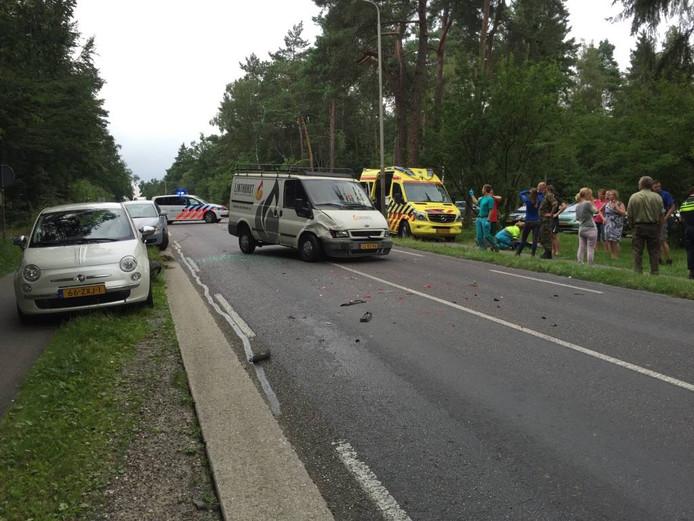 Twee voertuigen fors beschadigd na ongeval Grandyk.