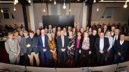 Veertien nieuwkomers leggen eed af in gemeenteraad