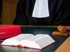 Spaarders opnieuw naar rechter om belasting: 'Veel hoger dan rente dus diefstal'