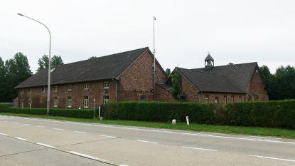 Op zoek naar de perfecte staycation: belevingscentrum Craywinckelhof, waar je logeert in de schaduw van een brouwerij, met ook een vakantiehuis, feestzaal en bistro op de site