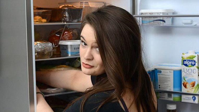 Kate Archibald plundert elke nacht haar koelkast zonder het te beseffen.