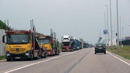 Truckers op hotel aan Waaslandhaven?