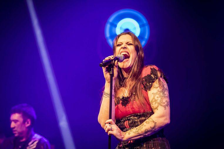 Floor Jansen tijdens de aftrap van haar eerste Nederlandse solotour. Beeld ANP