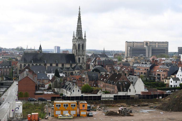 De transformatie van de Vaartkom, het Sluispark met zicht op Sint-Geertruiabdij.