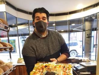 Bakker uit Nieuwerkerken verjaart en trakteert op taart