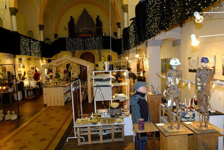 De Decemberwinkel in de kapel.