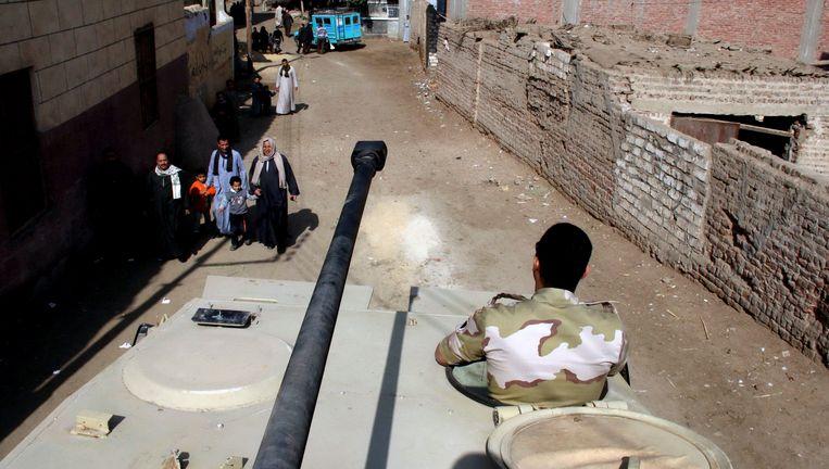 Het leger patrouilleert in de straten van Dalga, in de provincie Minya tijdens het constitutionele referendum in januari.
