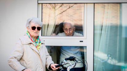 Halen we oma of opa niet beter weg uit het rusthuis?