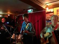 Time Travellers met 60'er jaren muziek bij Ons Tejater in Lieshout