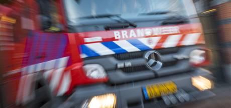 Brandweer redt vrouw uit vastzittende lift
