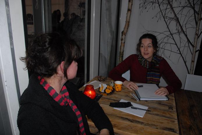 Relatiecoach Lian Vos heeft in het paviljoen van het Bosch Winterparadijs al verschillende soorten klanten over de vloer gehad.