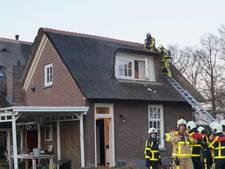 Veel schade door schoorsteenbrand in Zelhem