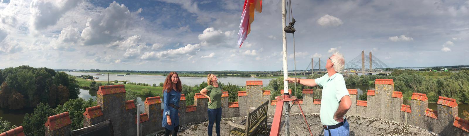 Op foto v.l.n.r: Sandra van Spankeren, Karin  Breen en Hans de Wit