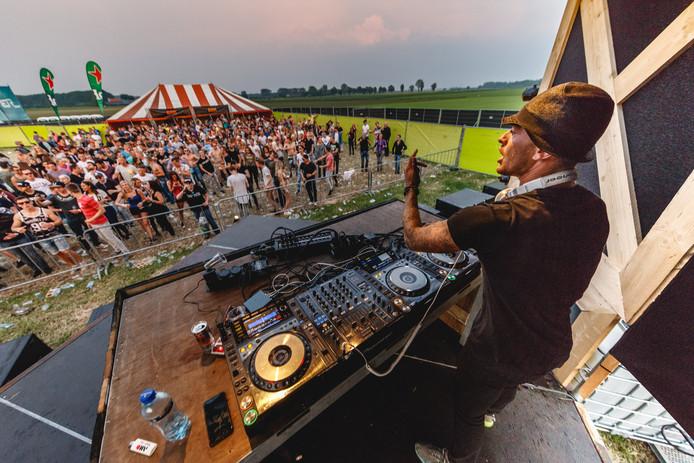 ...of naar Steenbergen Live!/Bassrulers?