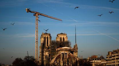 Eerste viering in Notre-Dame Parijs sinds brand jaar geleden