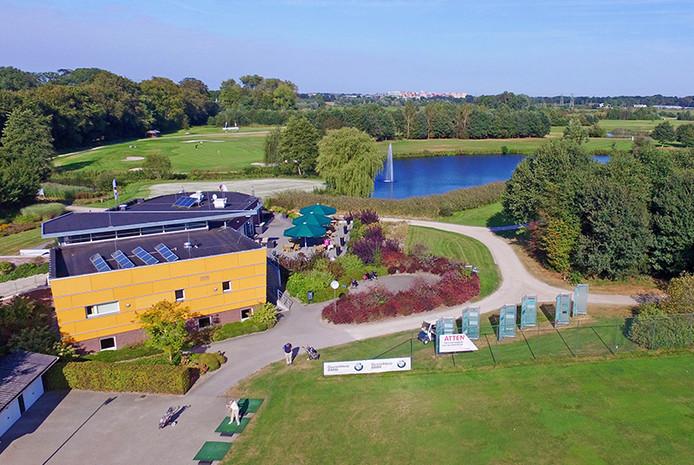 De golfbaan nabij de Wijthmenerplas in Zwolle.