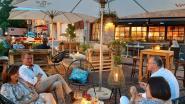En of het een leuke zomer wordt: straat afgezet voor gezellig terras op De Plaats in Knesselare