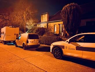 Zoon treft ouders dood aan in Bilzen, speurders tasten voorlopig in het duister