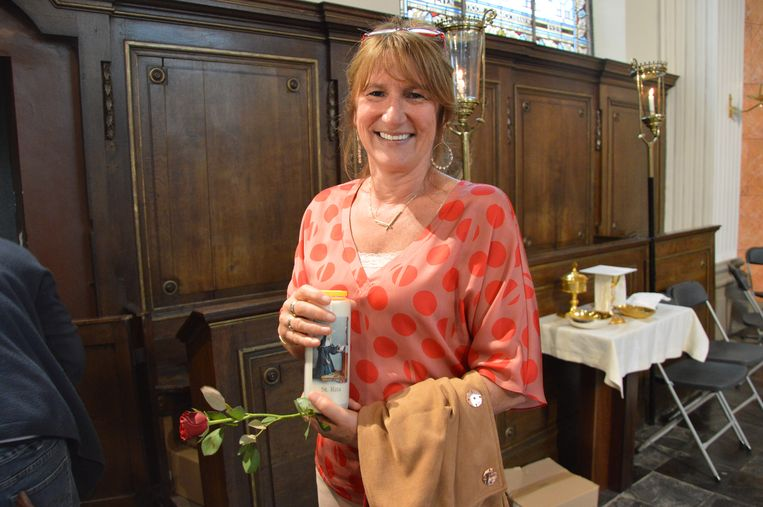 Wereldrecord Rita's verzamelen in kerk van Outer. Rita De Hertogh (55) uit Wolvertem.