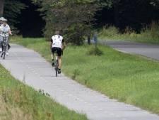 Automobilisten ergeren zich aan wielrenners in Vasse: 'Ze zijn een verschrikking op straat'
