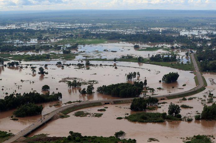 Een luchtfoto toont het rampgebied in Budalangi in Kenia