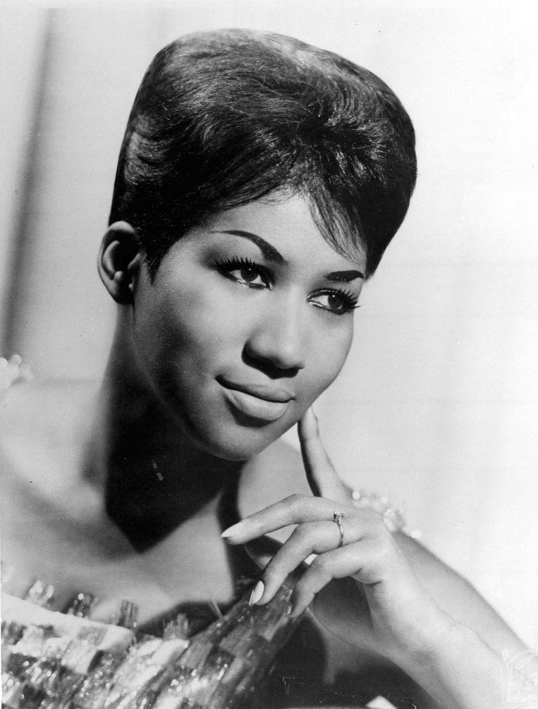 1967 De jonge zangeres breekt in '67 door met 'I Never Loved A Man The Way I Loved You'.