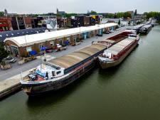 Afgesloten Deventer haven kost bedrijven geld: 'Heel vervelend'