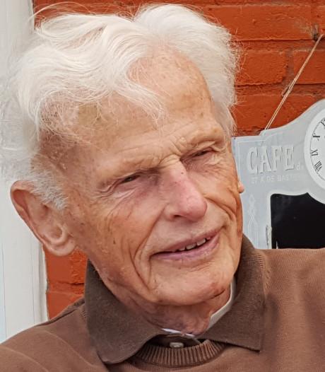 Aart Swinkels (1925 - 2019) uit Helmond: hockey, carnaval, muziek en meer