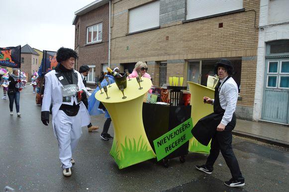 Carnavalisten lachen met afgelaste nieuwjaarsreceptie.