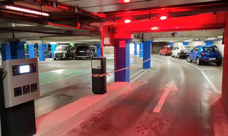 De ondergrondse parking van cinemacomplex UGC
